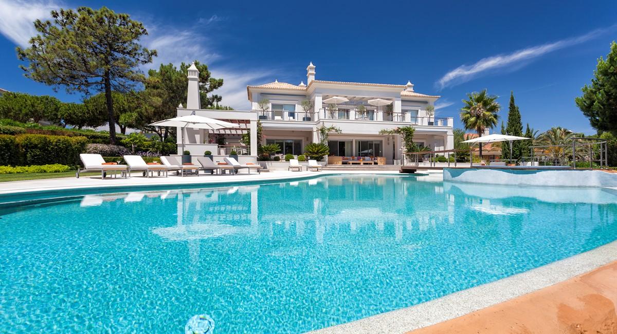 Luxury 5 Bedroom Villa With Tennis Court To Rent In Quinta Do Lago Villa Angelite Regency Luxury Villas 40