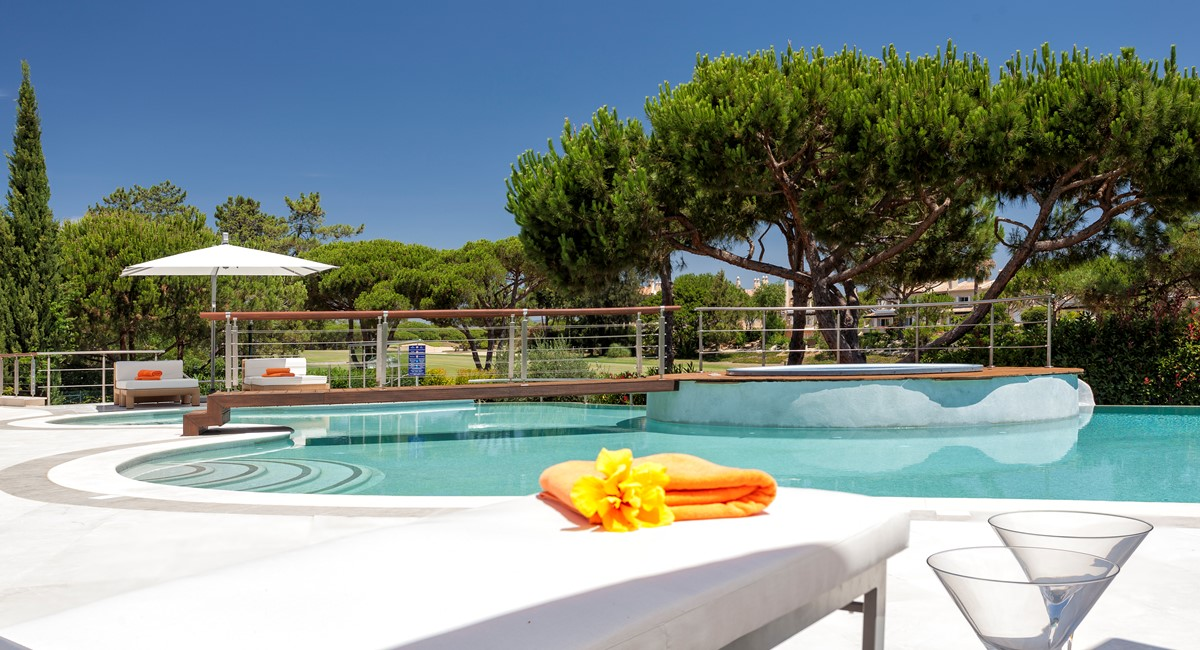Luxury 5 Bedroom Villa With Tennis Court To Rent In Quinta Do Lago Villa Angelite Regency Luxury Villas MG 0155