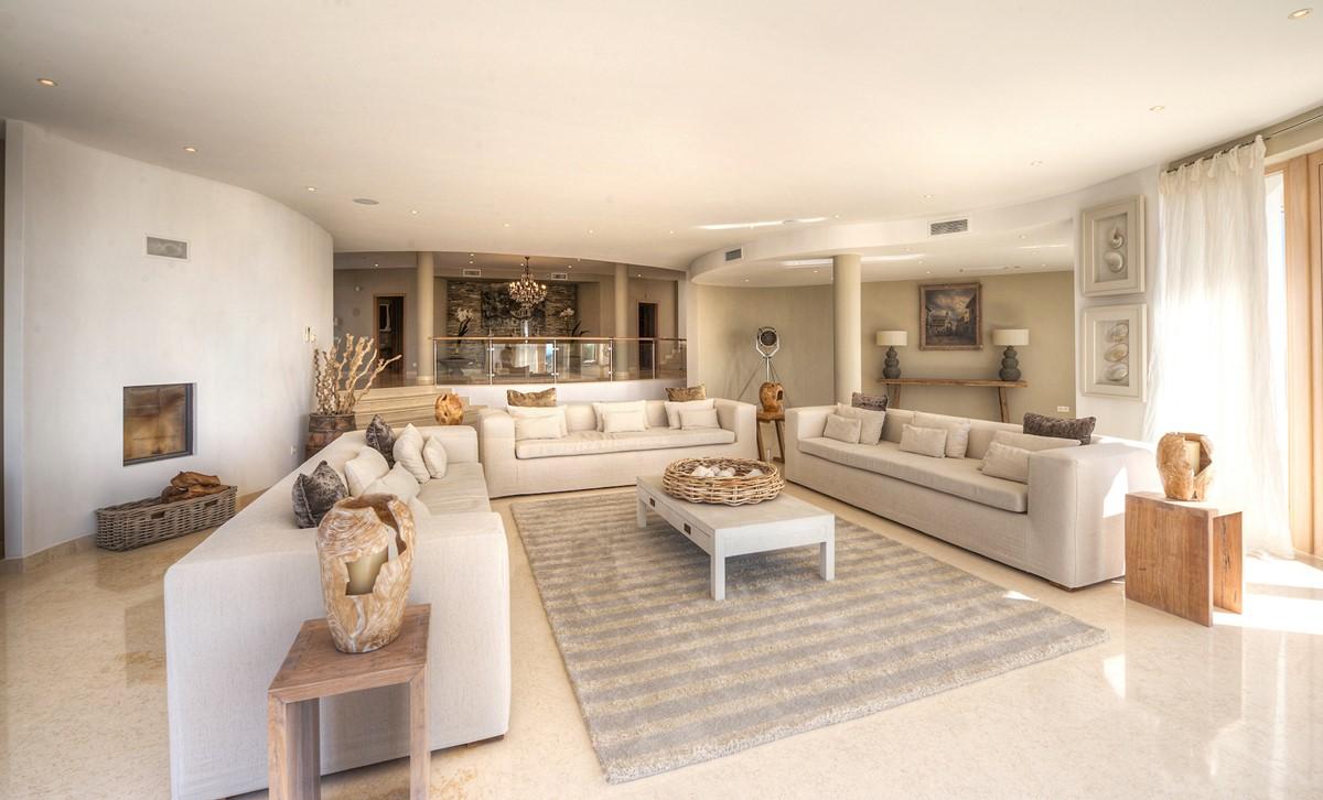 RLV Lounge 4