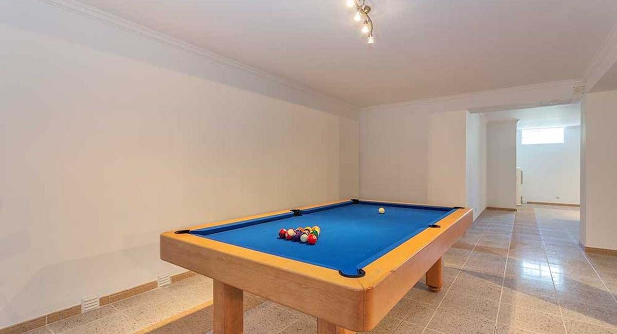 Rlvbasement Games Room Pool Table