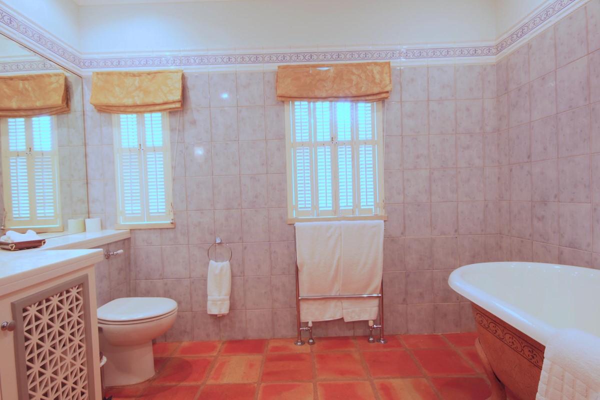 Quinta Do Lago 36 Bathroom1a