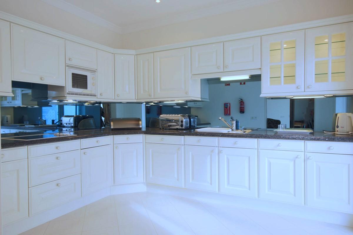 Quinta Do Lago 36 Master Suite Kitchen