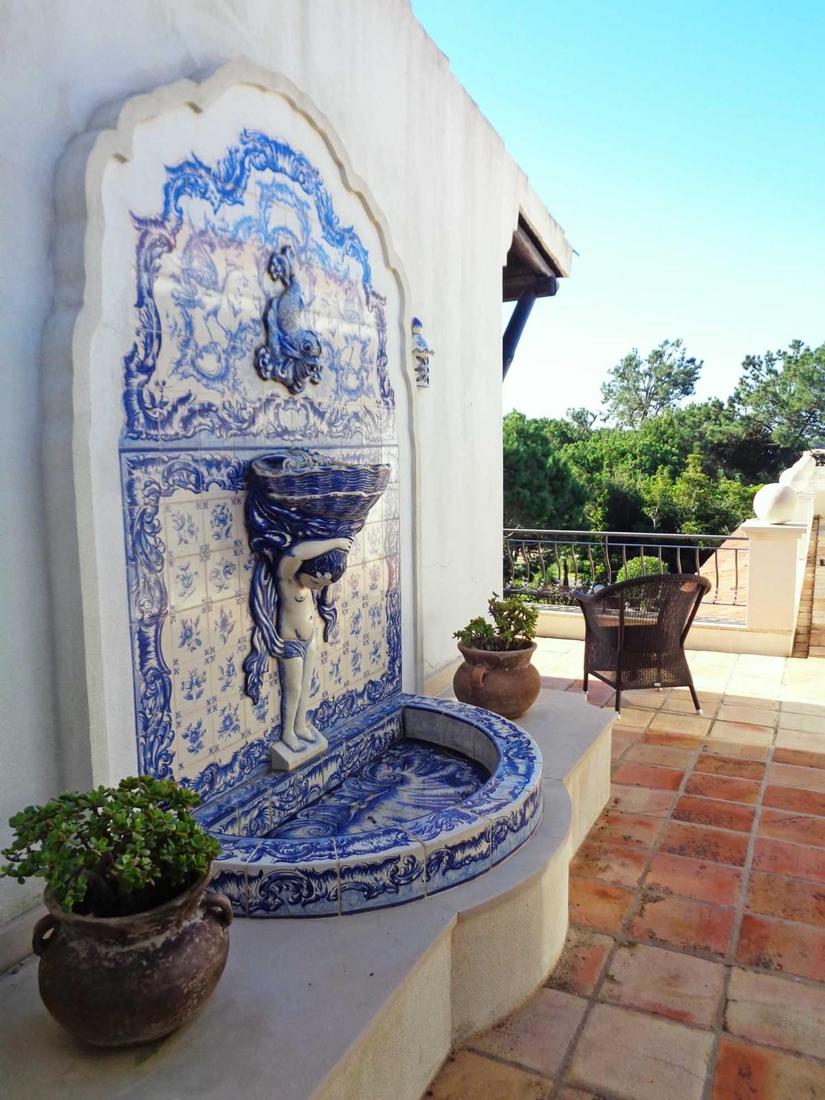Sado 36 Fountain