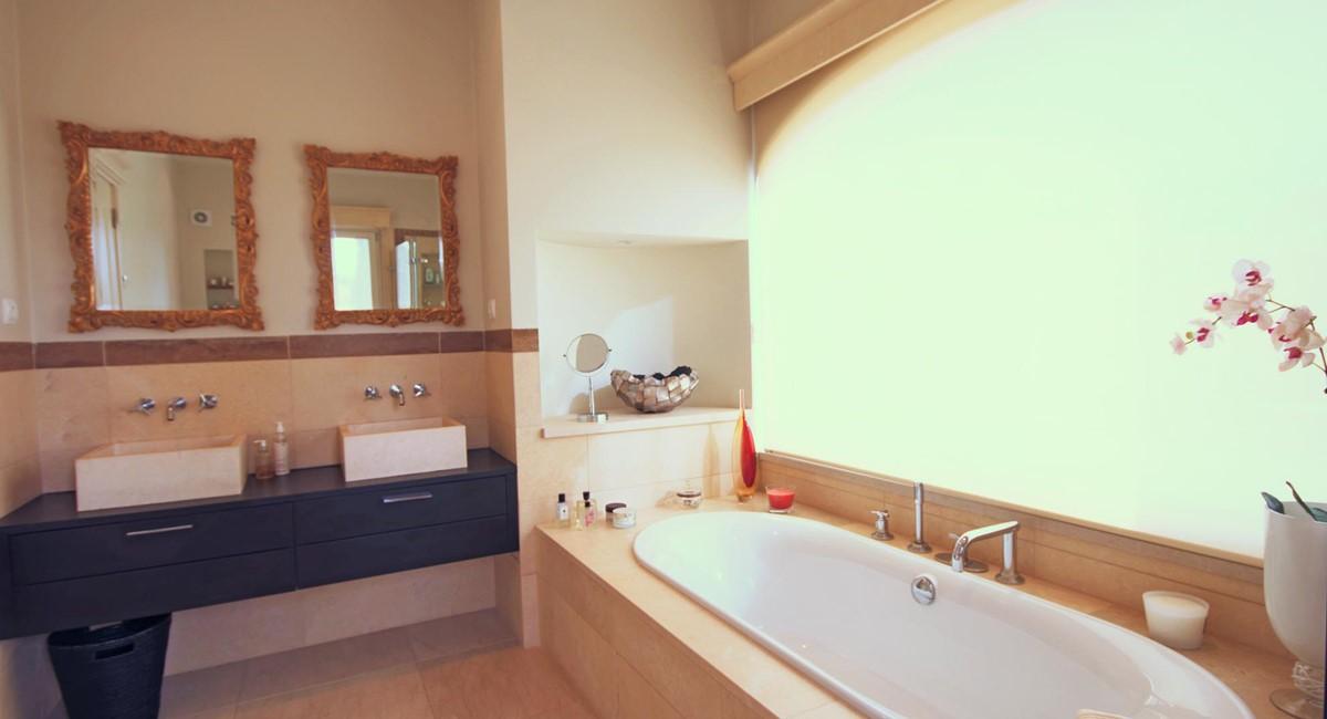 Rua Lira 35 Bathroom3