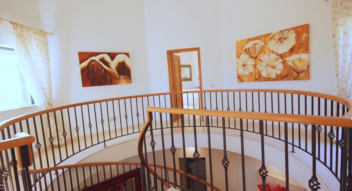 Monte Quinta 170 Hall