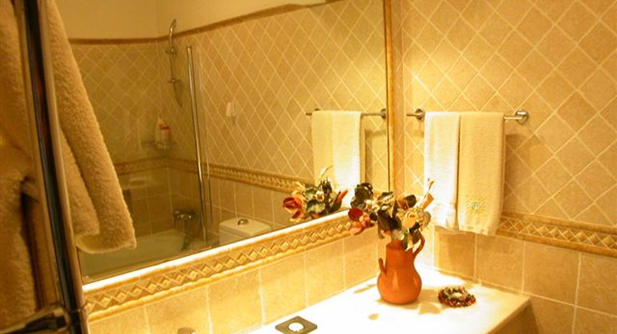 Bathroom 89727
