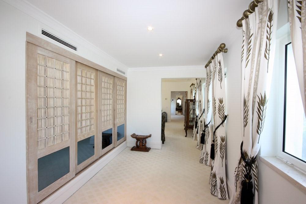 casa_rua_sado_master_suite.jpg