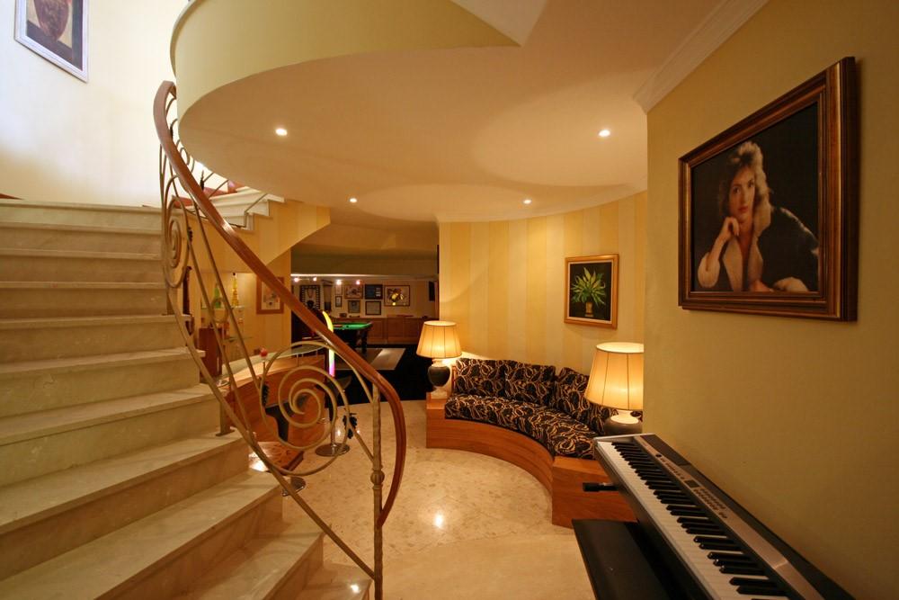 vale_do_lobo_luxury_villa_entertainments_room.jpg