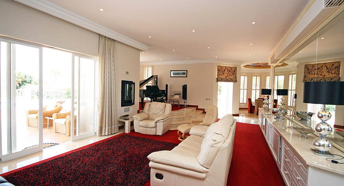 vale_do_lobo_luxury_villa_lounge.jpg