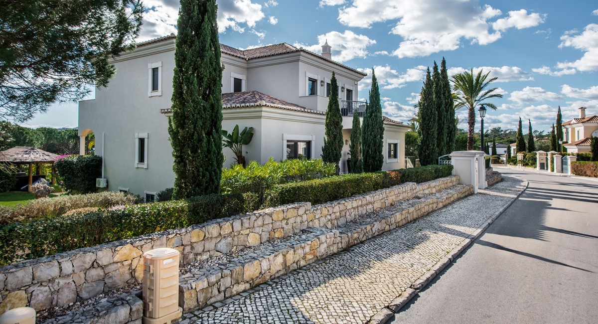 Villa Ironstone 8