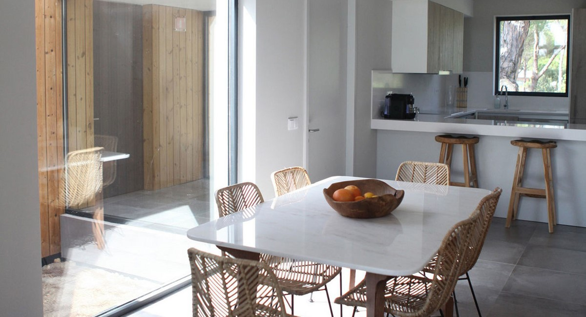 Sublime Comporta Country Retreat And Spa Galleryvillas Sublime Comporta Kitchen Table22