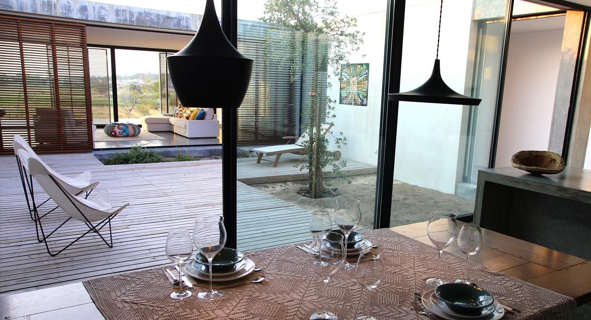 Casa Do Pego Kitchen Patio View