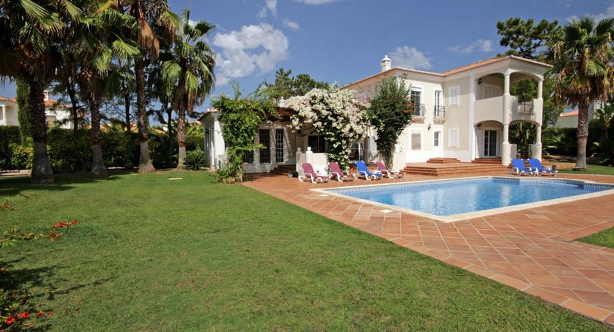 vilasol_luxury_villa_gardens.jpg