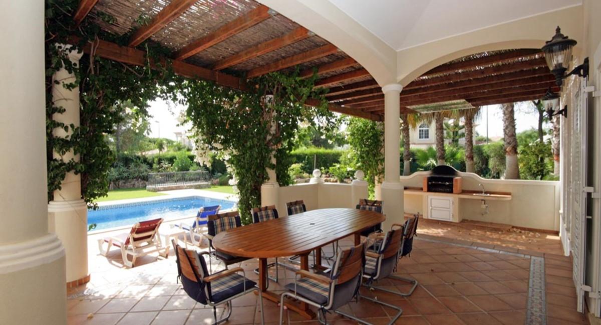 vilasol_luxury_villa_terrace.jpg