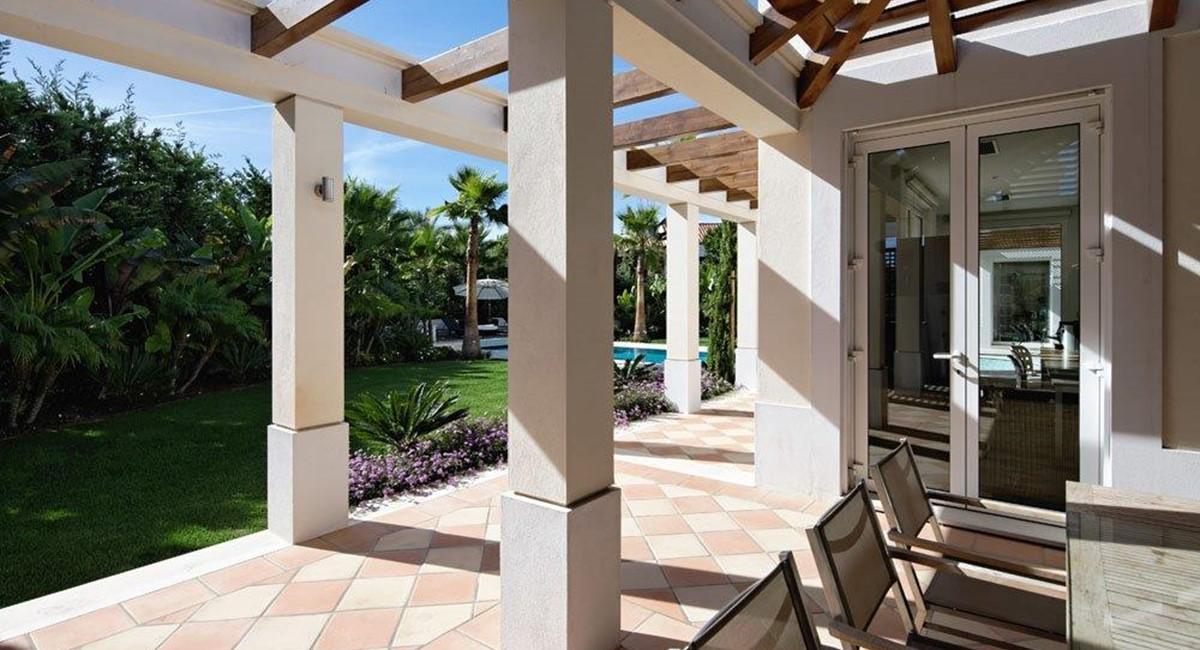 Villa Blue Agate 5