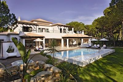 Deluxe Villa Example Exterior