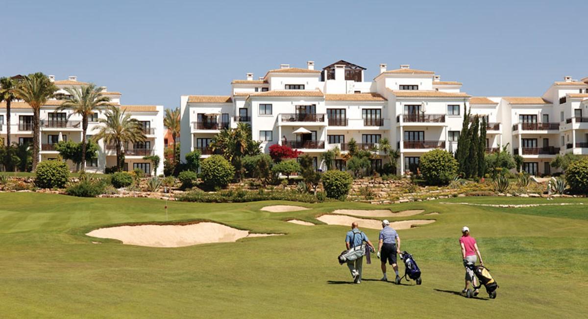 Golf Suite Exterior