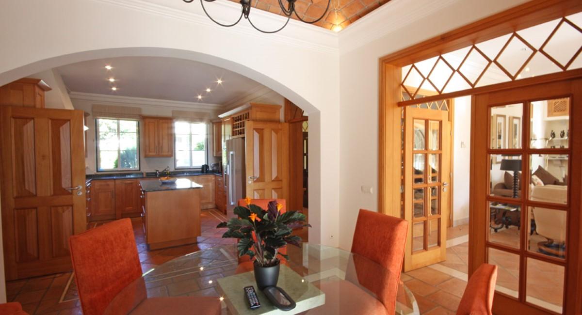 Pinheiros Altos Luxury Holiday Villa Dining Room1