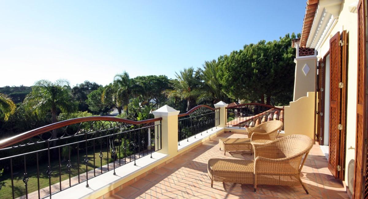 Pinheiros Altos Luxury Holiday Villa Golf Views