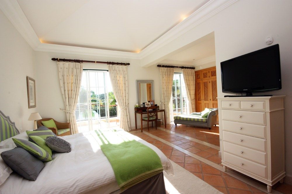 Pinheiros Altos Luxury Holiday Villa Master Bedroom