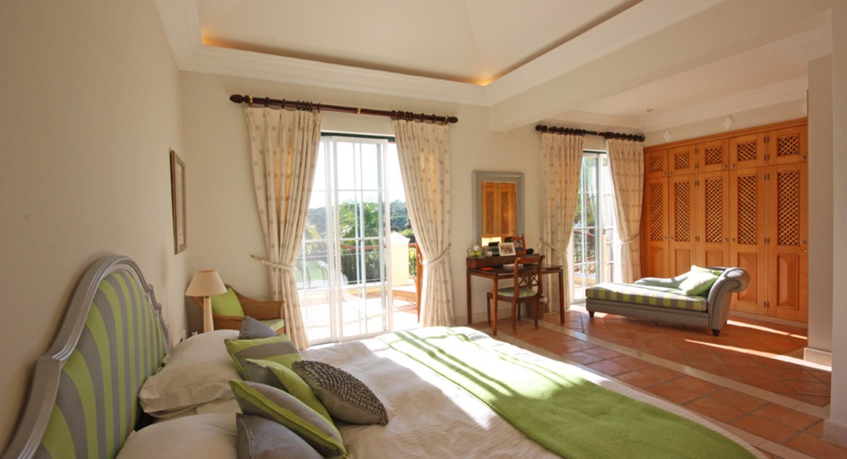 Pinheiros Altos Luxury Holiday Villa Master Bedroom Web