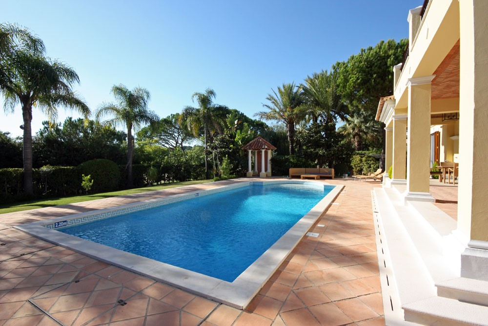 Pinheiros Altos Luxury Holiday Villa Pool