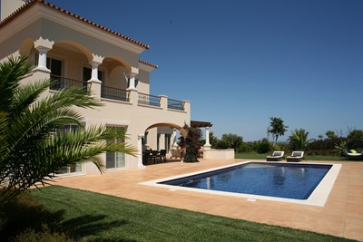 Accommodation 4 Bedroom Villa 01
