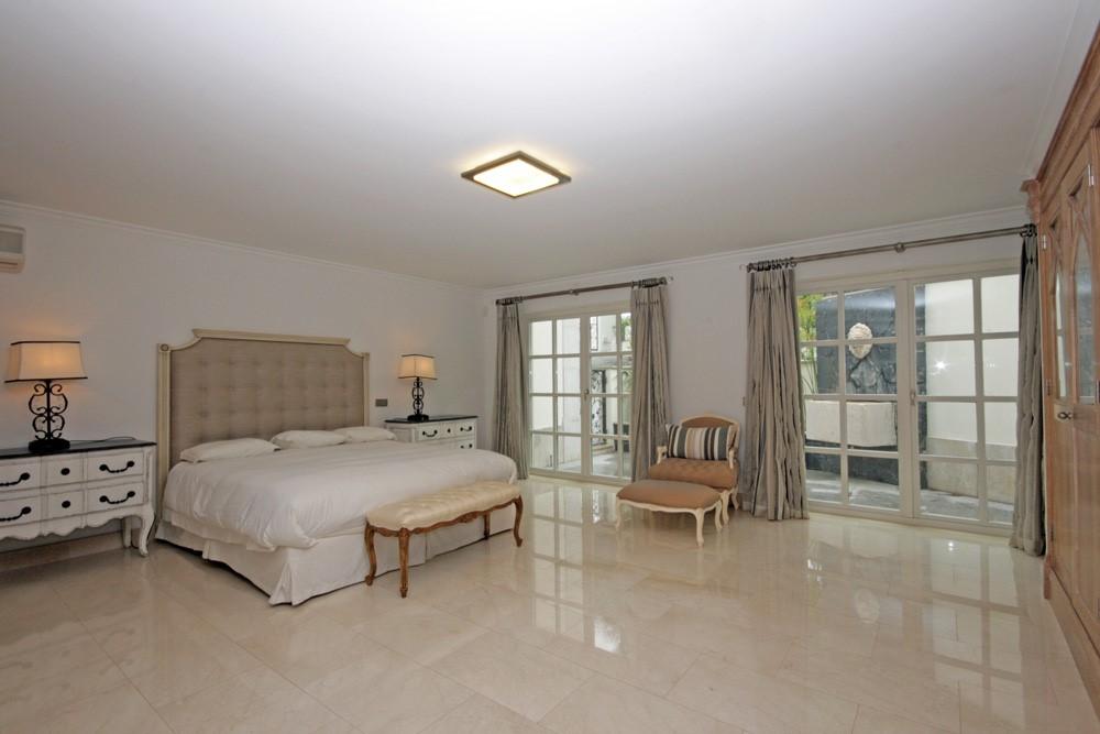 Rua Tira 44 Guest Suite