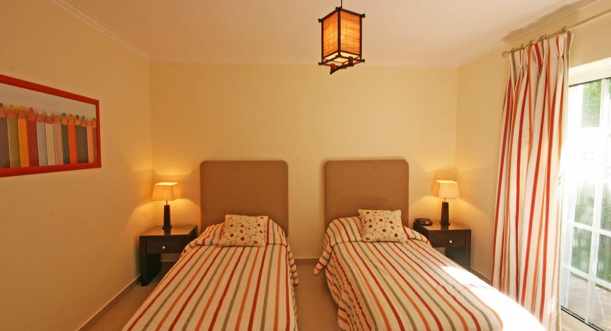 Varandas Das Lago Guest Bedroom