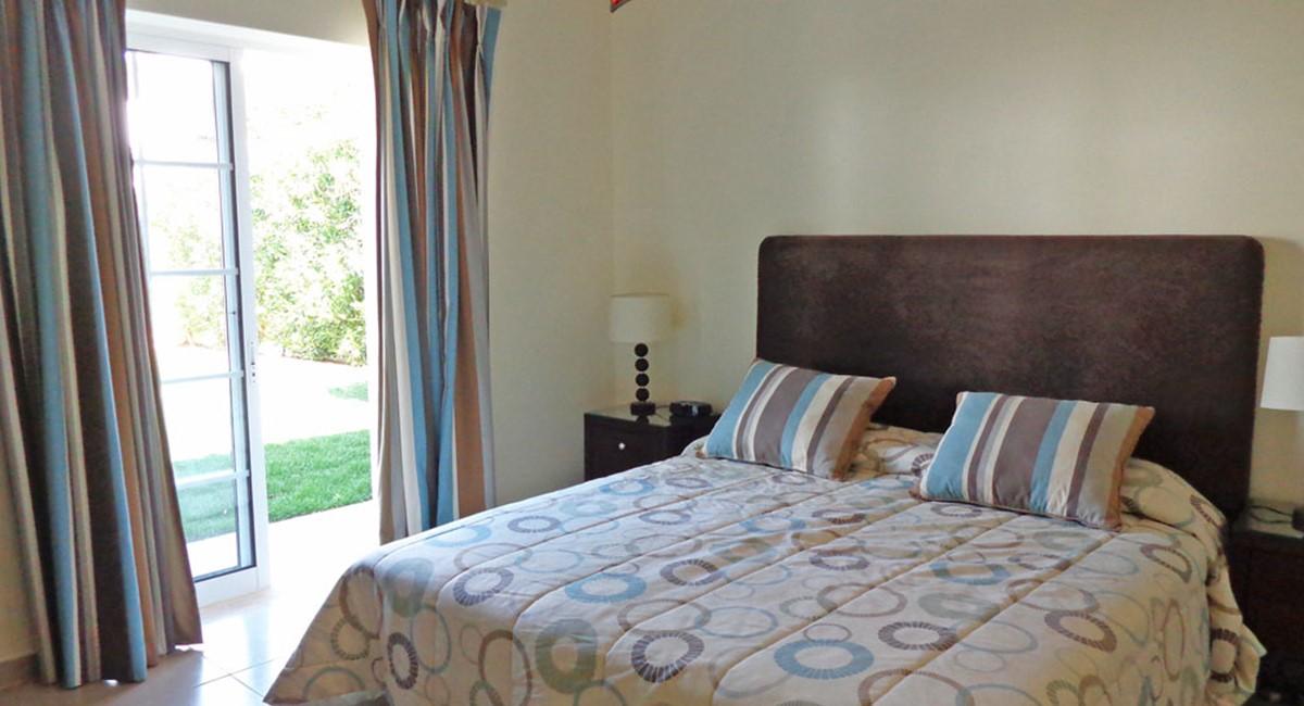 Varandas Das Lago Guest Double Bedroom