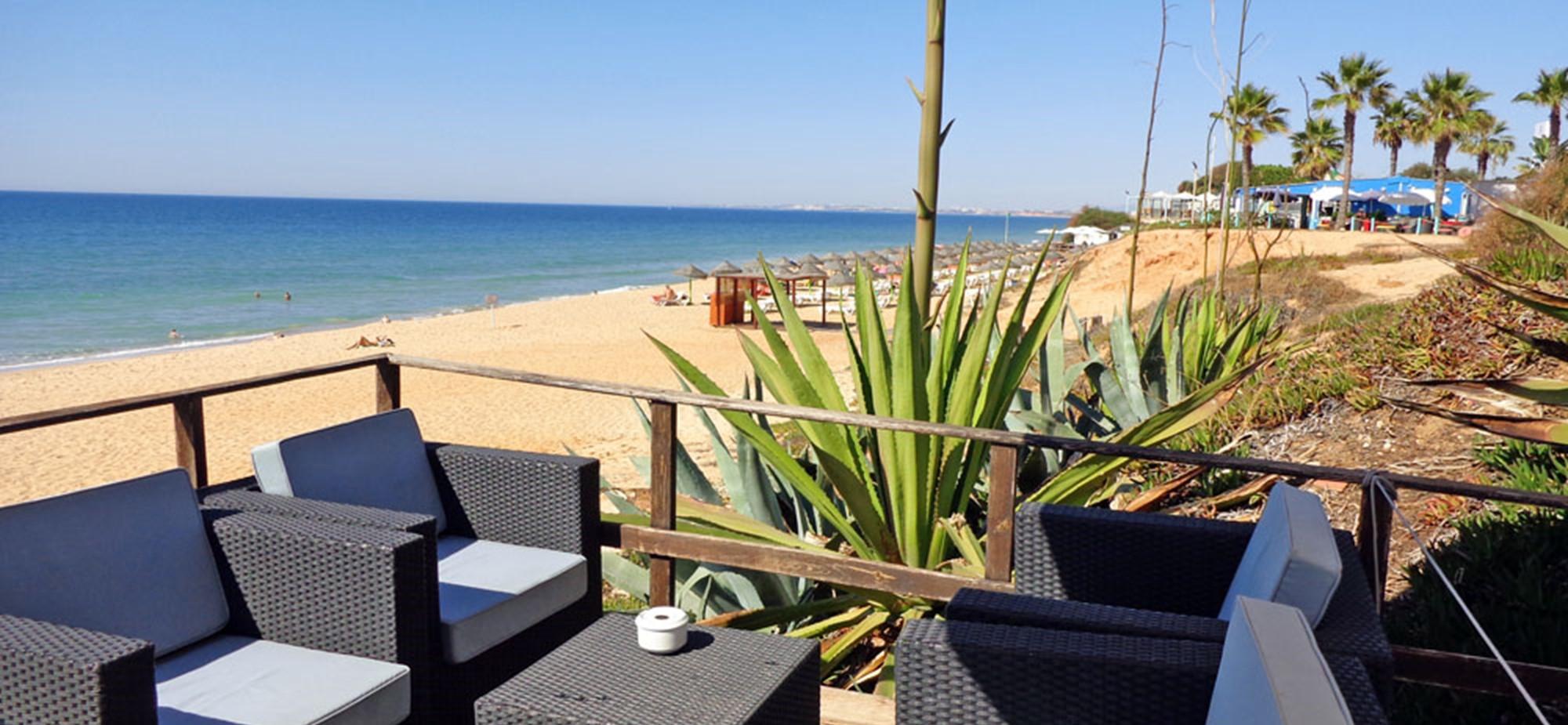 Praia Garrao Beach Bar