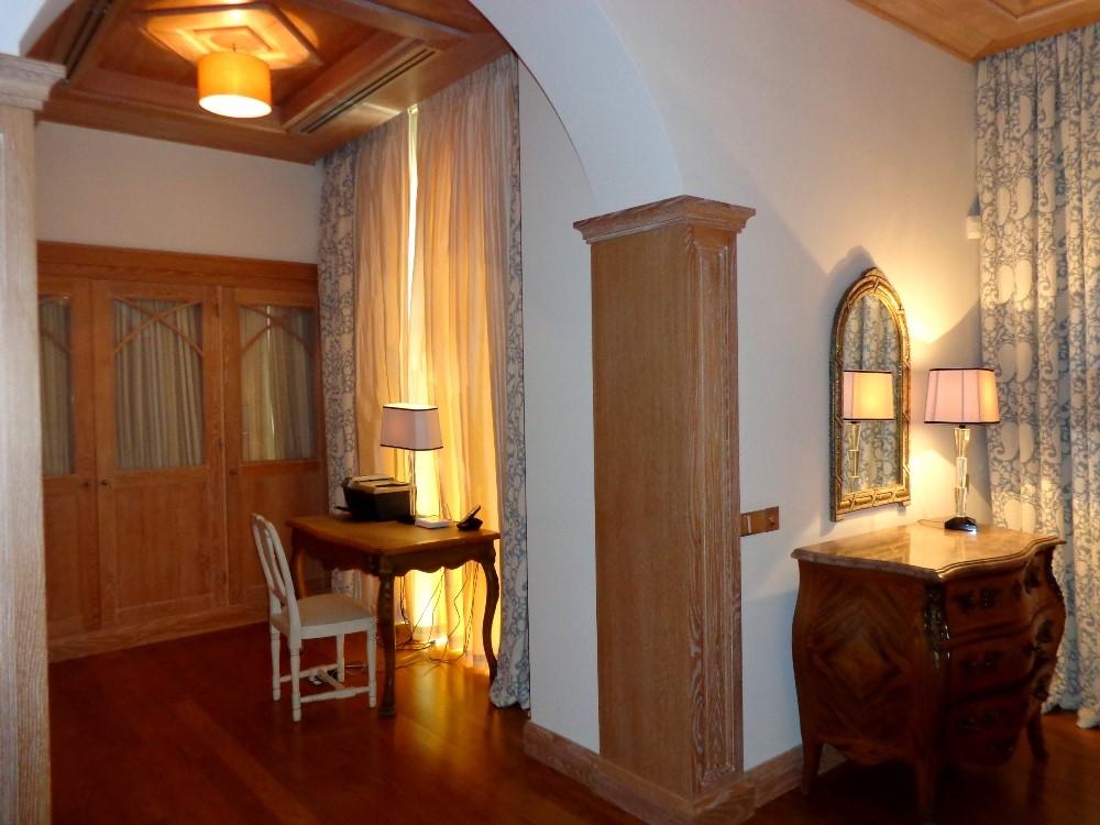 Quinta Do Lago Luxury Villa Dressing Room