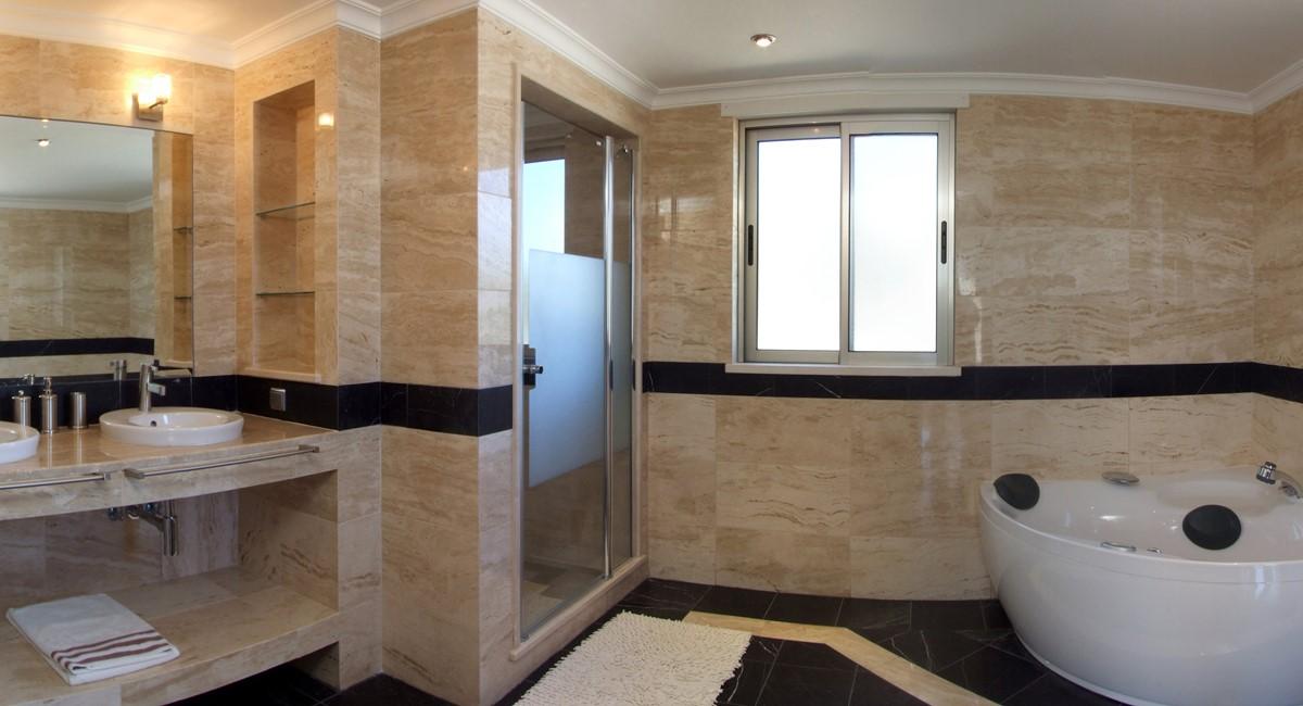 M4bathroom