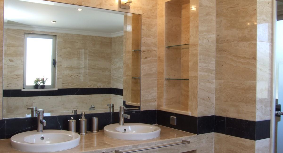 M4bathroom1