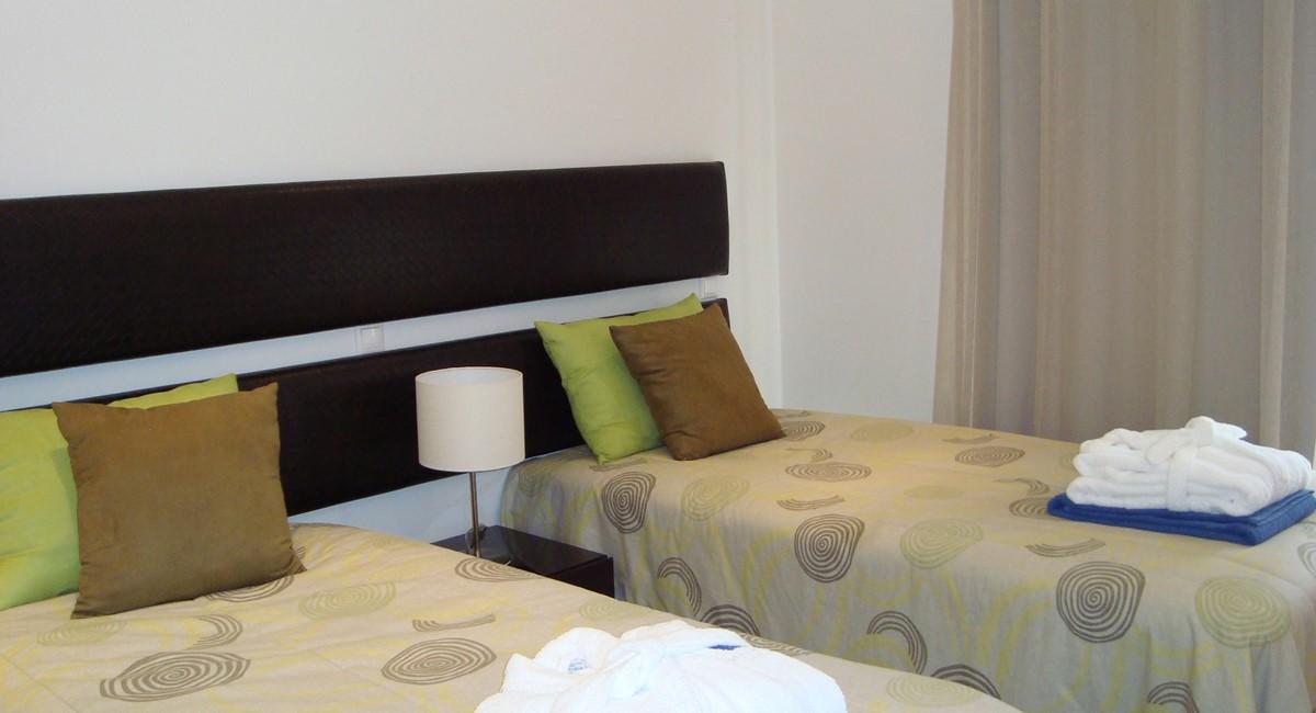 J47luxurythreebedroomgroundfloorapartment3