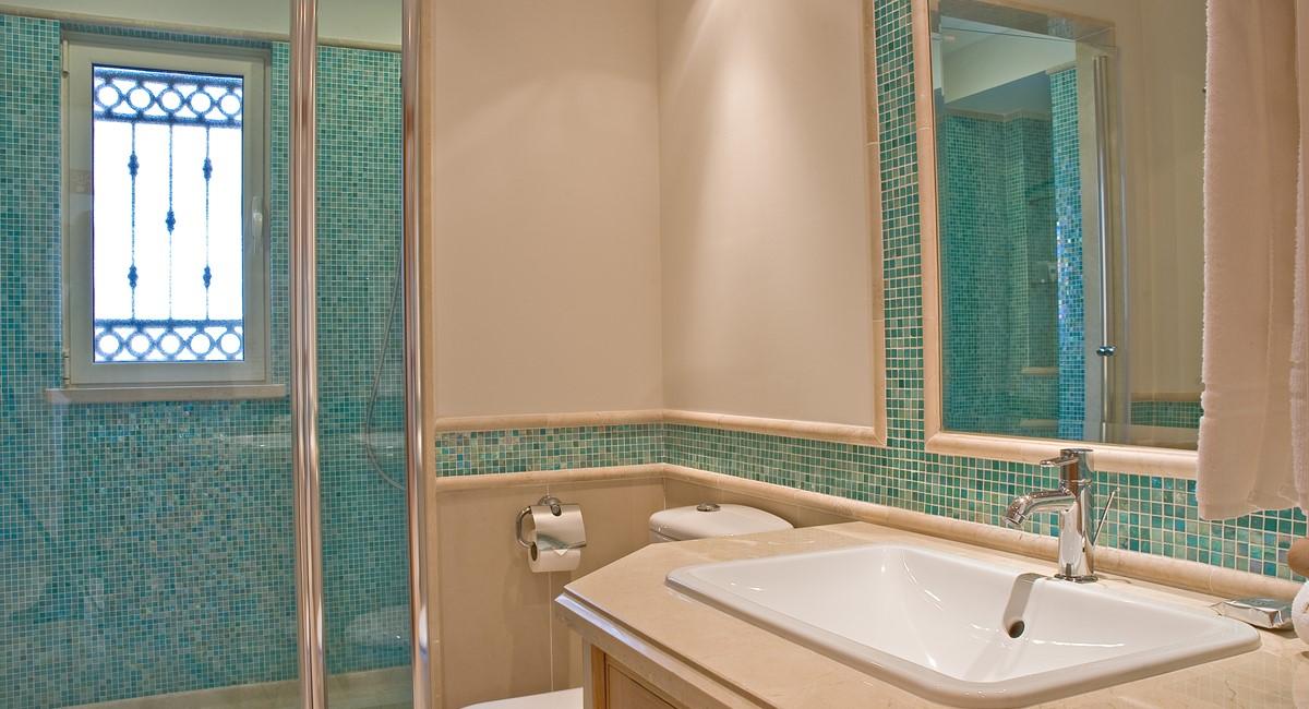 R25luxurythreebedroomgroundfloorapartment8