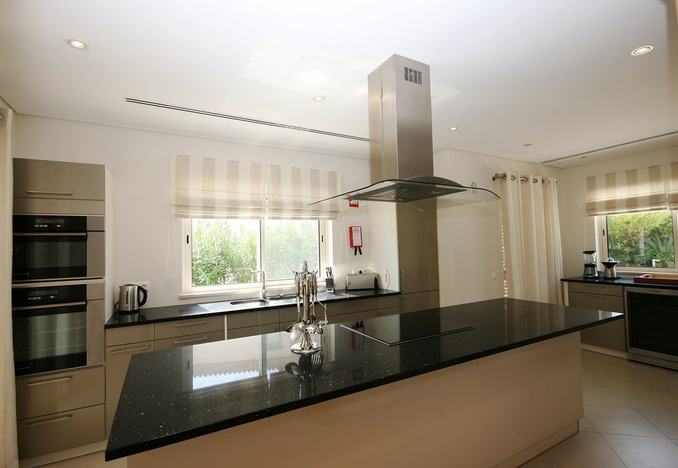 Dunas Duradas Luxury Villa Kitchen