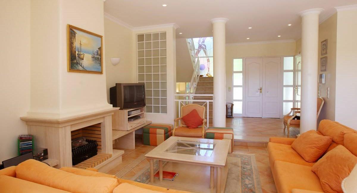 20100712 Rental Villa1120 LR 044