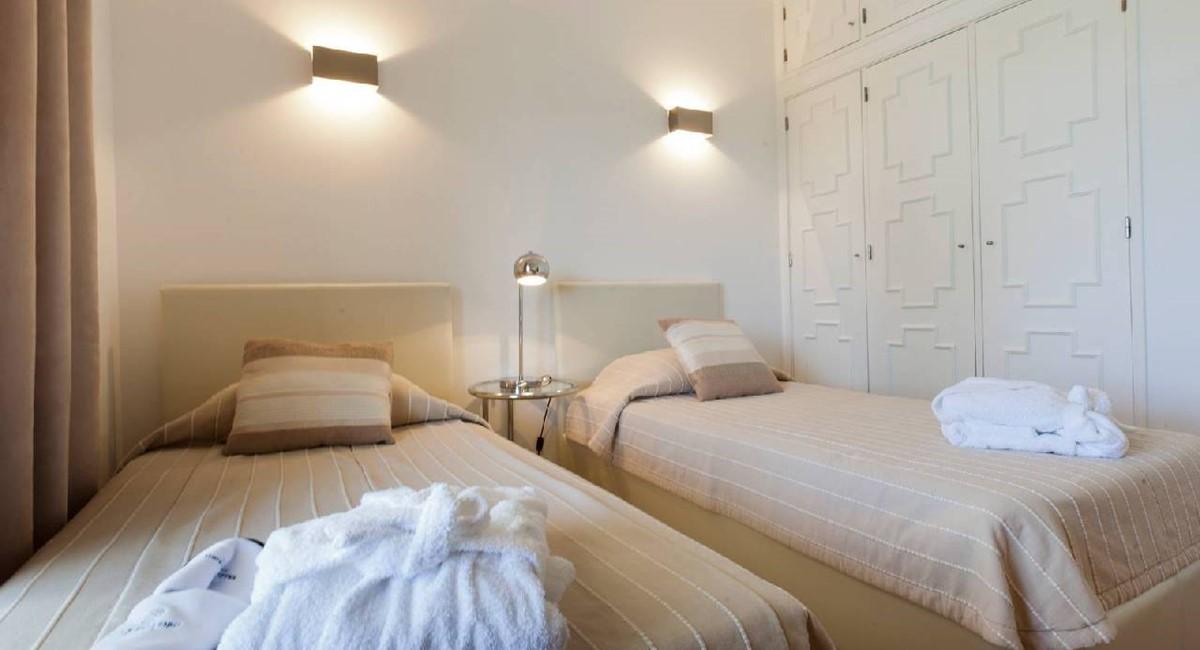 20120510 Villa A20 Rental 015