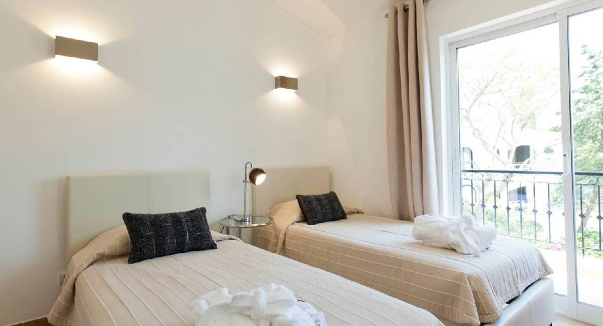 20120510 Villa A20 Rental 027