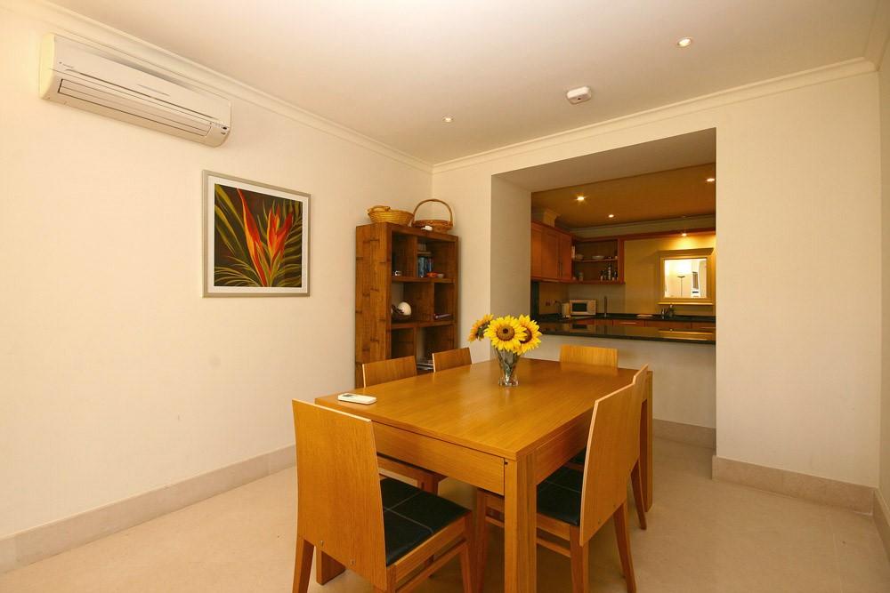 Palmyra Luxury Apartment Dining