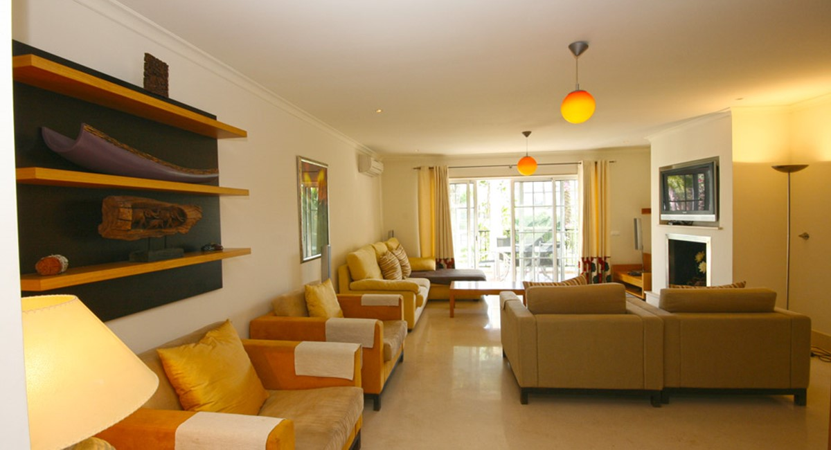 Palmyra Luxury Apartment Lounge Views