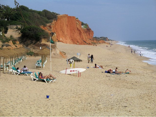 The climate in Vale do Lobo is ideal for a day at the beach