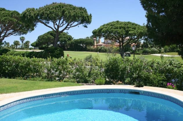 Why not stay at one of our villas during your stay at Vale do Lobo?
