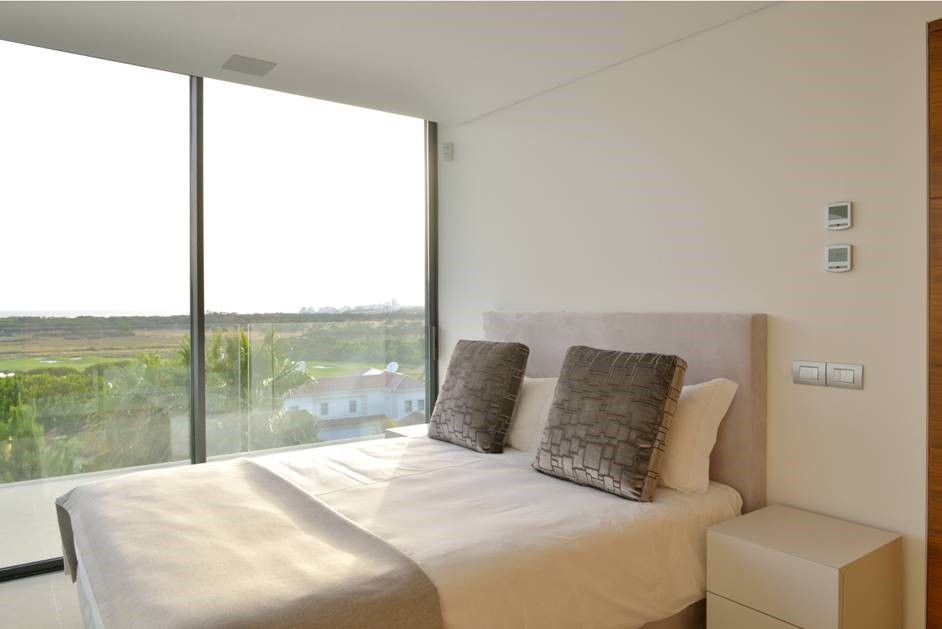 6 Bedroom Luxury Villa Vale Do Lobo Bedroom3