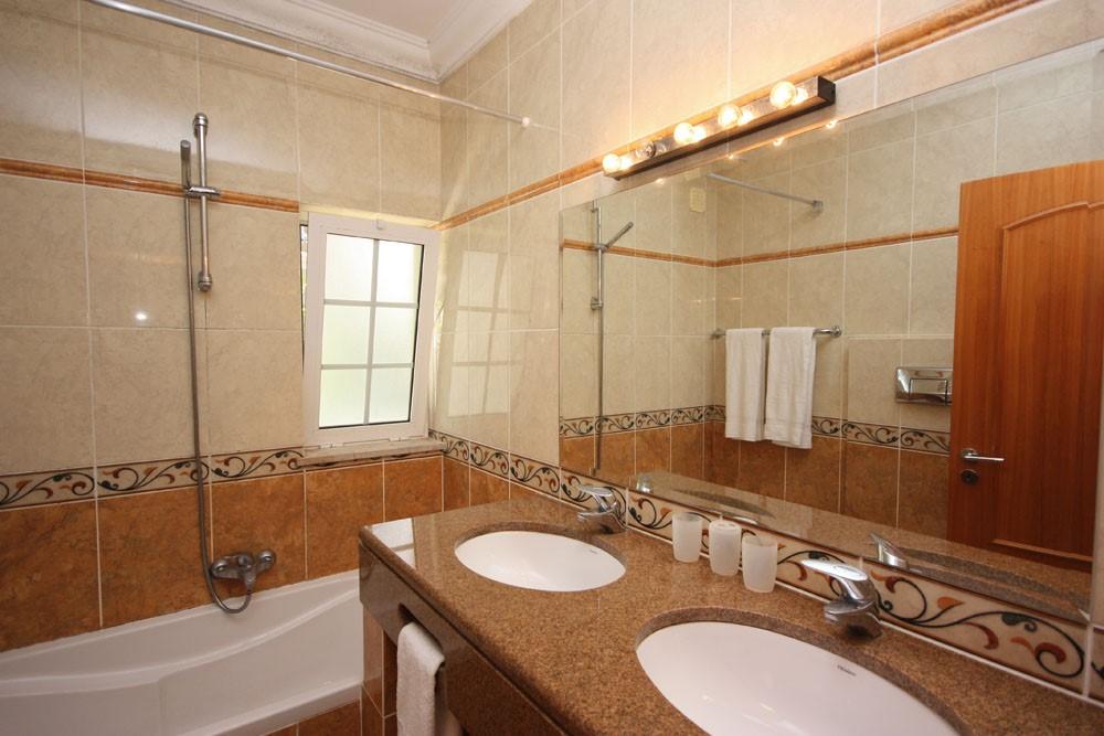 Varandas Da Lago Luxury Villa Bathroom