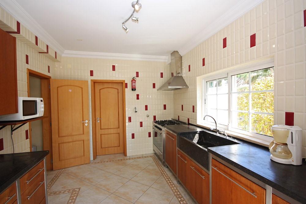 Varandas Da Lago Luxury Villa Kitchen