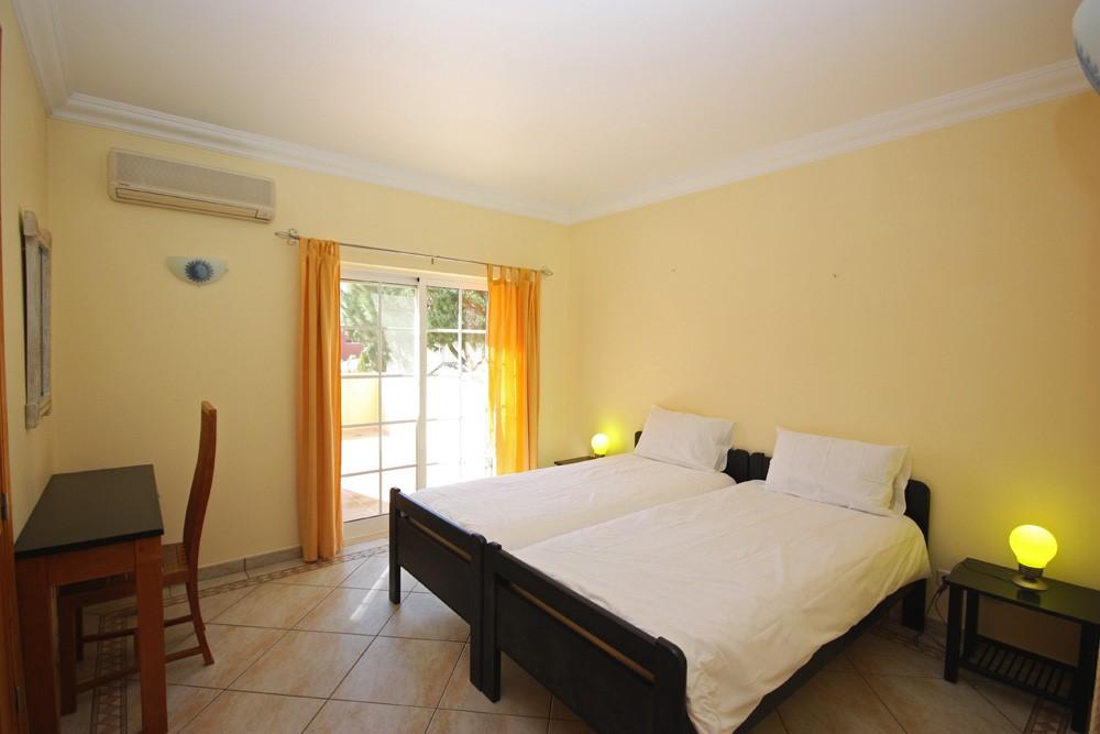 Varandas Da Lago Luxury Villa Twin Bedroom