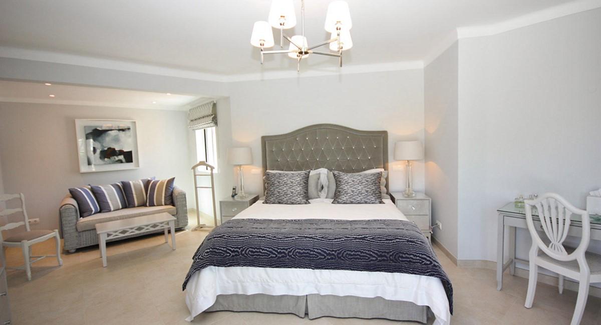Monte Golfe Luxury Villa Master Bedroom