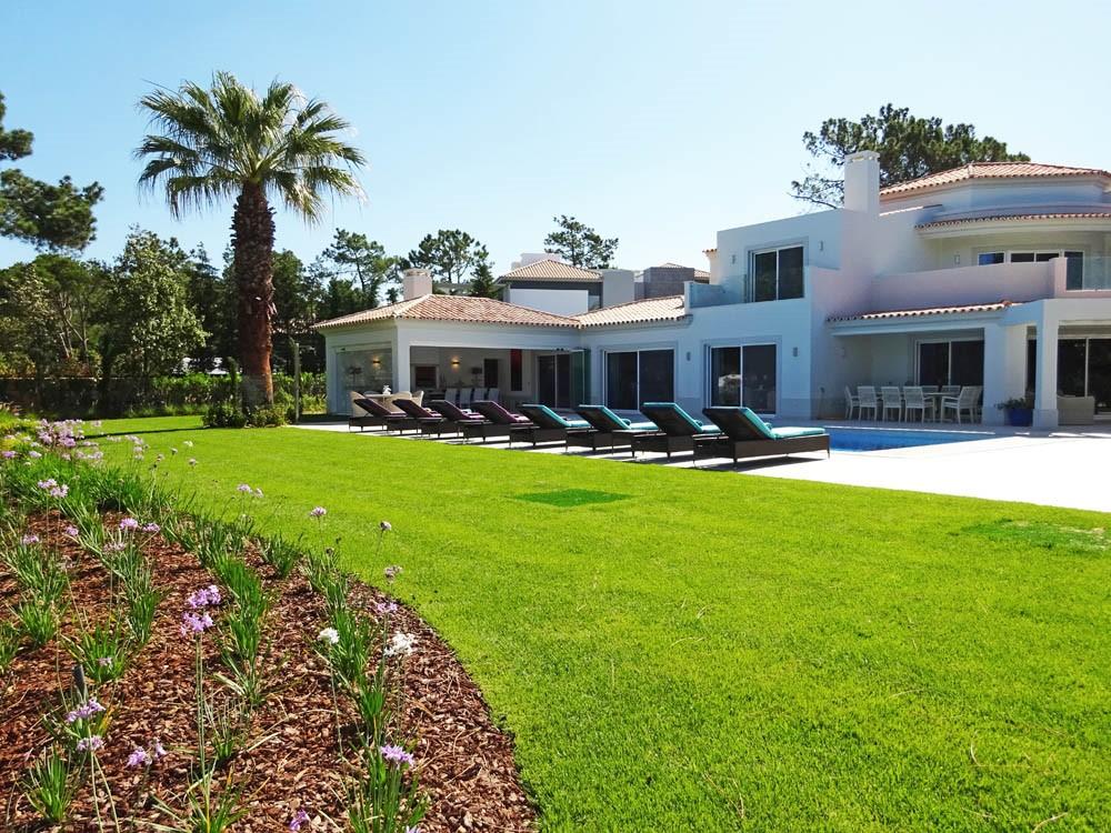 Villa Views New